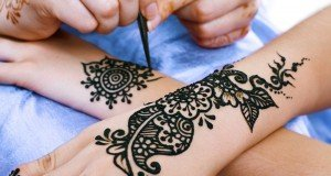 Making of Henna Tattpp