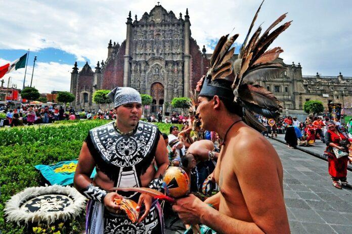 Piercing Maya und Azteken