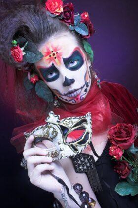 Tattoo Dia de los Muertos Totenmaske Kreuz Motiv Kunst