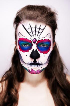 Tattoo Dia de los Muertos Totenmaske Motiv Kunst Spinnennetz