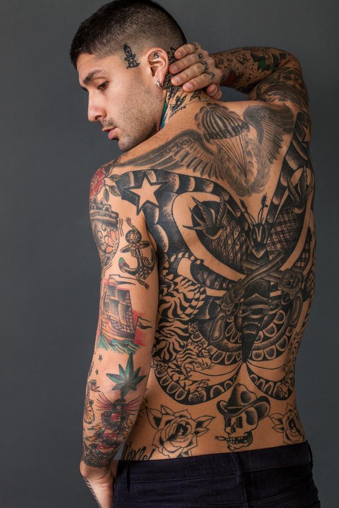 Tattoo arm flügel männer Coole Männer
